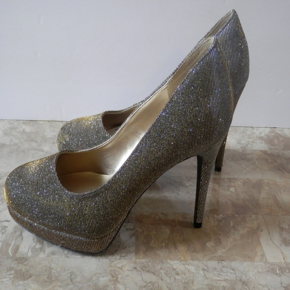 552da7741c Fioni Night Shoes | Nwt S Icicle Glitter Pumps | Poshmark